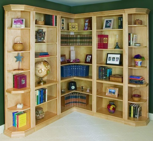 Woodcraft Custom Traditional Corner Bookcases