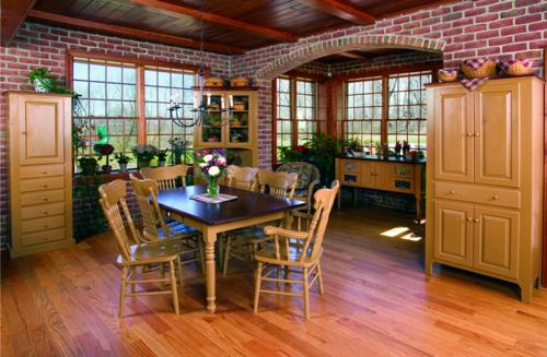 Woodcraft Living & Dining