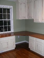 Bon A Corner Desk Area Was Created By Attaching Countertop To Adjoining Base  Cabinets And To The Wall. A Corner Wall Cabinet Was Used Above The Desk  Area With ...